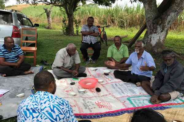 "Sugarcane farmers and representatives of the Fiji Sugarcane Growers Council (SCGC) and the Fiji Sugar Corporation (FSC) held a ""talanoa"" (dialogue) session with representatives of the Pacific Community (SPC) RARAI project in Malolo, Nadi, in June 2017"