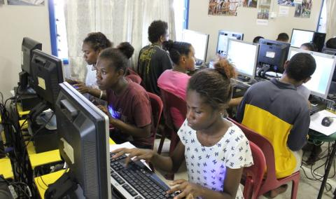 Youth at Y@W recource centre - Photo: Rigina Lepping