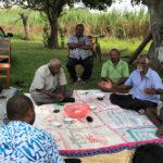 La remise en état des voies d'accès aux champs de canne à sucre réduit les temps de trajet des cultivateurs